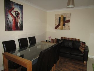 Nice 6 Bed Room House in London - London vacation rentals