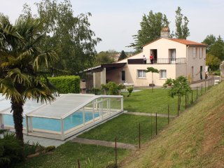 House with 2 bedrooms in Gauriac, with pool access, enclosed garden and WiFi - Gauriac vacation rentals