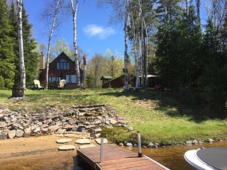 3 bedroom Cottage with Deck in Lake Saint Peter - Lake Saint Peter vacation rentals