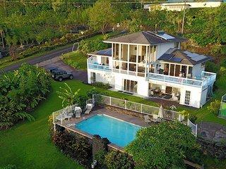Idyllic Honaunau Retreat Deluxe Standard Room - Captain Cook vacation rentals