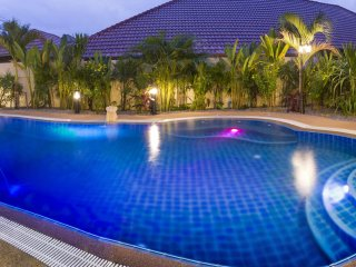 Baan Leelawadee Luxury Villa with private pool in Pattaya - Pattaya vacation rentals