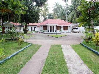 Perfect 1 bedroom Marawila House with Internet Access - Marawila vacation rentals