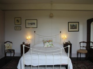 Lovely Bed and Breakfast with Central Heating and Fireplace - Enford vacation rentals