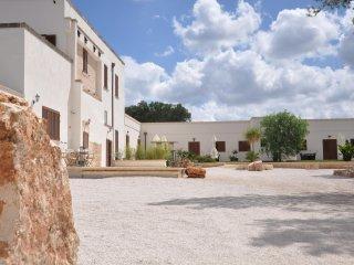MASSERIA DON GIULIO - perfect holiday retreat to enjoy with family or friends - Francavilla Fontana vacation rentals
