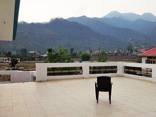 Valley Retreat B&B, Chowari - Dalhousie vacation rentals