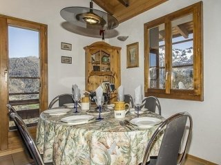 3 bedroom House with Internet Access in La Tzoumaz - La Tzoumaz vacation rentals