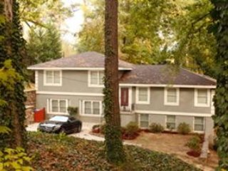 Nice House with Deck and Washing Machine - Brookhaven vacation rentals