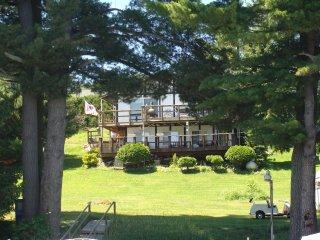 Beautiful, remodeled house on Long Lake - Sarona vacation rentals