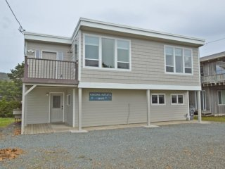 NEW LISTING! Newly Remodeled Nedonna Beach Three Bedroom on Beach Street - Rockaway Beach vacation rentals