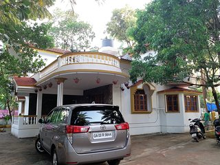 4Bhk Independent Private Villa With Private Jacuzzi 5 minutes to Baga, Calangute - Nagoa vacation rentals