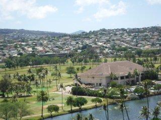 OCEAN VIEW 1BR QUIET CORNER UNIT IN CENTRAL WAIKIKI - Honolulu vacation rentals