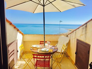 LUNA 2BR-80 meters from the beach by KlabHouse - Sciacca vacation rentals