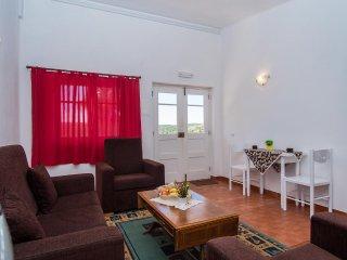 Lacy Yellow Villa, Lagos, Algarve - Bensafrim vacation rentals