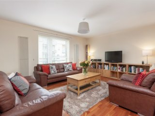 The Holyrood Road Residence - Edinburgh vacation rentals