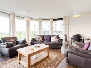 The Waterfront Avenue Residence - Edinburgh vacation rentals