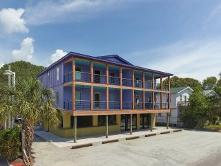 Comfortable Condo with Internet Access and A/C - Folly Beach vacation rentals