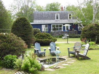 Vacation Home Across the Road from Georgian Bay- Penetanguishene - Penetanguishene vacation rentals