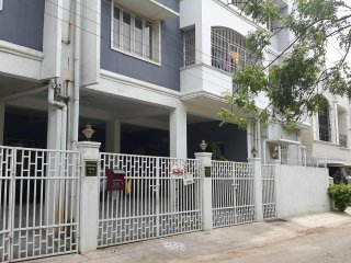 Picturesque Two bhk penthouse with terrace garden - Chennai (Madras) vacation rentals