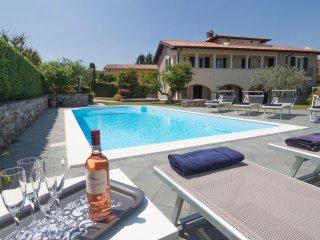 Nice Villa with Internet Access and A/C - Garda vacation rentals