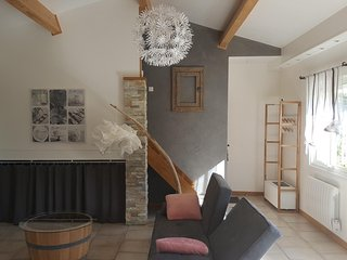 Nice house with garden & balcony - Poussan vacation rentals