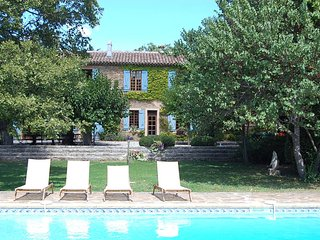 8 bedroom Farmhouse Barn with Internet Access in Pourrieres - Pourrieres vacation rentals
