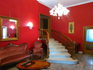 Nice Villa with Internet Access and A/C - Calcinato vacation rentals