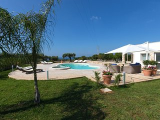 Beautiful Villa with Internet Access and A/C - Lecce vacation rentals