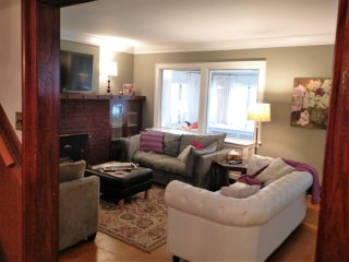 Vintage Beauty - 3 BR House at Coxwell Station w/Parking - Toronto vacation rentals