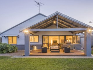 Charming Dunsborough vacation House with A/C - Dunsborough vacation rentals