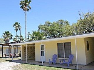 Nice 2 bedroom Fulton Condo with Internet Access - Fulton vacation rentals