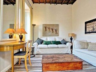 Trevi stylish apartment - Rome vacation rentals