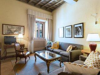 Perfect Rome Piazza Navona Area-Washer/Dryer-Luxury-Top Floor-Elevator-Pasquino - Rome vacation rentals