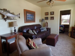 "Perfect Cabin, Perfect Location, the ""Boat House""  on Oklahoma's Grand Lake - Grove vacation rentals"