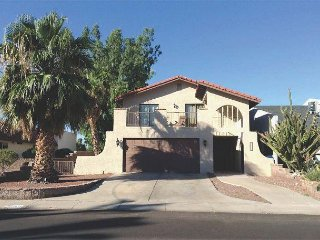2671 Country Club Dr 1 King, 1 Queen 2 Twins - Bullhead City vacation rentals