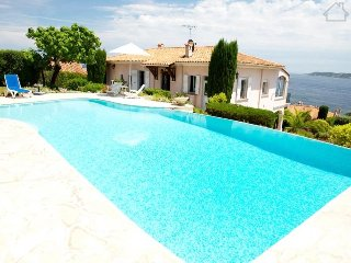 Camila 211006 villa for 8 with wonderful sea view over bay of Saint Tropez, pool - Saint-Maxime vacation rentals