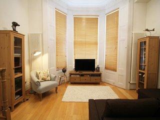 Cosy and Smart Mezzanine Apartment - London vacation rentals