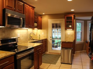 Modern newly renovated home perfect for corporate rental - Blue Ash vacation rentals