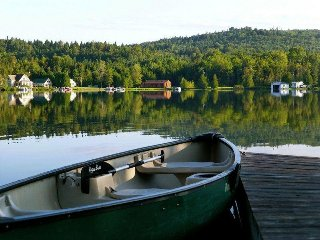 Joe's Pond Vermont Lakefront cottage with gorgeous views! - West Danville vacation rentals