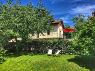 Dafne typical house in Montorfano with garden - Mergozzo vacation rentals
