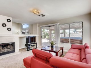 Perfect Three BR Minutes to Strip with Jacuzzi! - Las Vegas vacation rentals