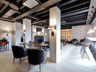 Stylish Studio Apartment Near Heathrow Airport - Hounslow vacation rentals