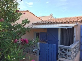 Nice House with Television and Microwave - Le Barcares vacation rentals