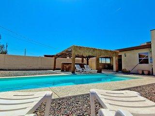 Beautiful 4bed/3bath Lake Havasu City home w/ pool - Lake Havasu City vacation rentals
