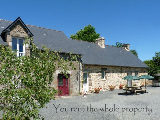 3 bedroom Farmhouse Barn with Internet Access in Villaines la Juhel - Villaines la Juhel vacation rentals
