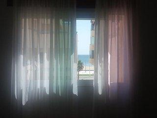 Appartement avec vue sue la plage, très frais pendant l'été! - Martil vacation rentals