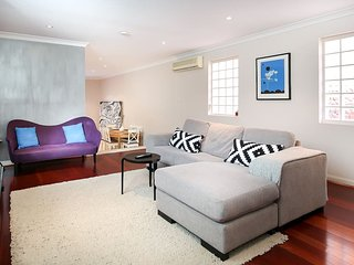 Power up in a stylish Sydney home - Newtown vacation rentals