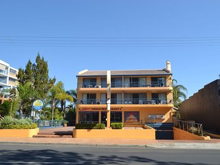 Bright 3 bedroom Apartment in Scarness - Scarness vacation rentals