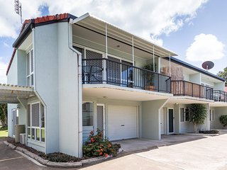 2 bedroom House with A/C in Torquay - Torquay vacation rentals