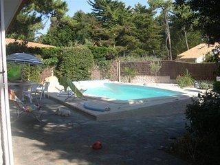 400 m env. plage des Dunes, Villa de type 5 avec piscine chauffée - 5 personnes - Bretignolles Sur Mer vacation rentals