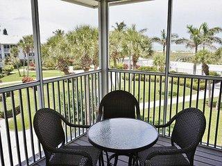 Pleasant 2nd floor deluxe villa with convenient location - Placida vacation rentals